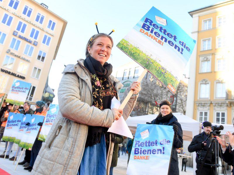 Auftaktveranstaltung für das Volksbegehren Artenvielfalt in München am 31.01.2019 - Moderatorin Nina Eichinger  Bildnachweis: © Tobias Hase